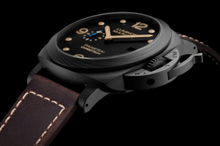 Panerai PAM661 Carbotech Luminor Marina