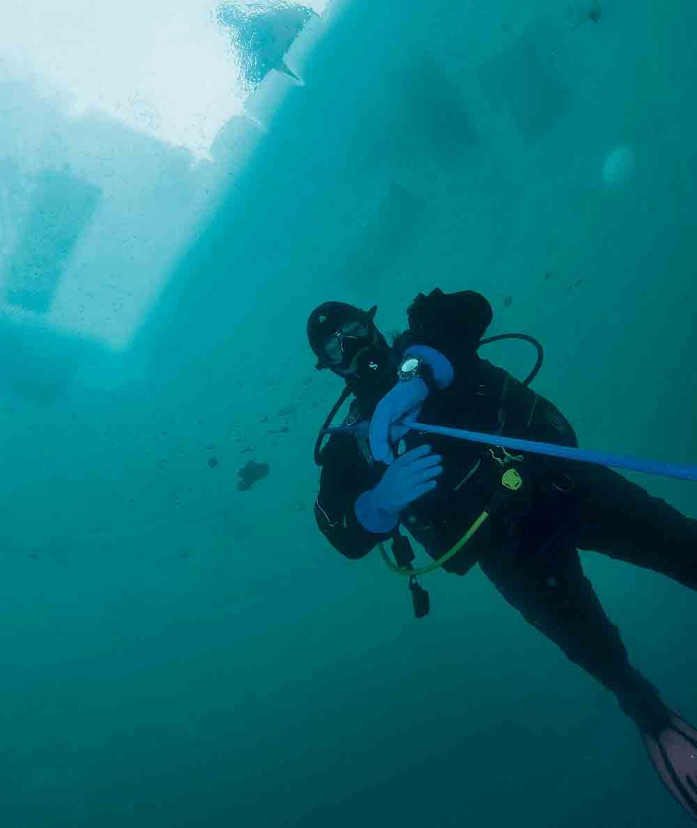 Panerai Luminor Buzo sumergible bajo el agua 1000
